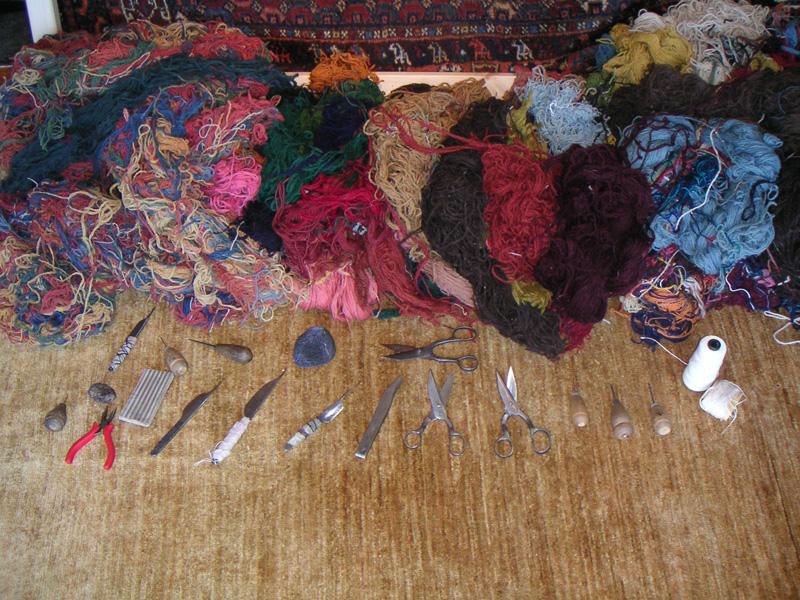 16_teppichwolle_und_teppichwerkzeuge
